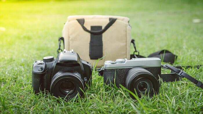 กล้อง DSLRs กับกล้อง Mirrorless: กล้องแบบไหนดีกว่ากัน?