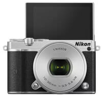 Nikon กล้อง Mirrorless รุ่น J5 lens 10-30mm.