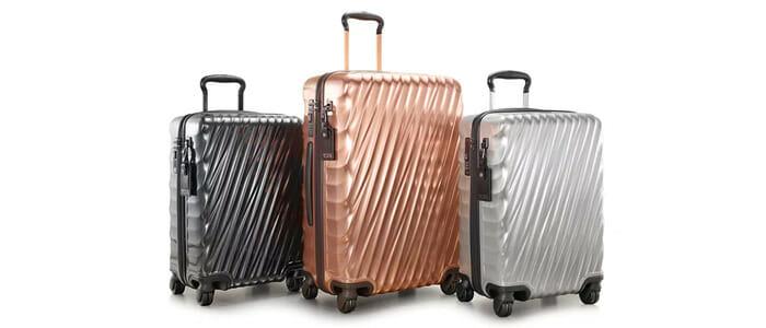 กระเป๋าเดินทางวัสดุแข็งแรงแบบมีล้อลาก