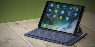 Apple iPad 9.7-inch Retina Display Wi-Fi 32GB