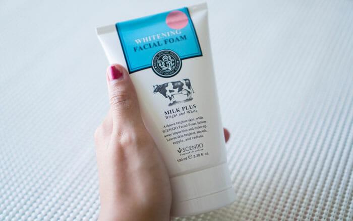 Scentio Milk Plus Qhitening Q10 Facial Foam โฟมล้างหน้าปราบสิว
