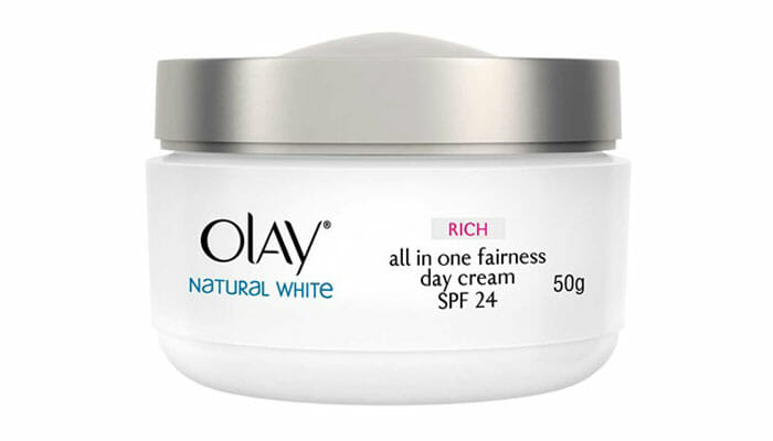 Olay ครีมบำรุงผิวหน้า Natural White Rich Day Cream SPF 24