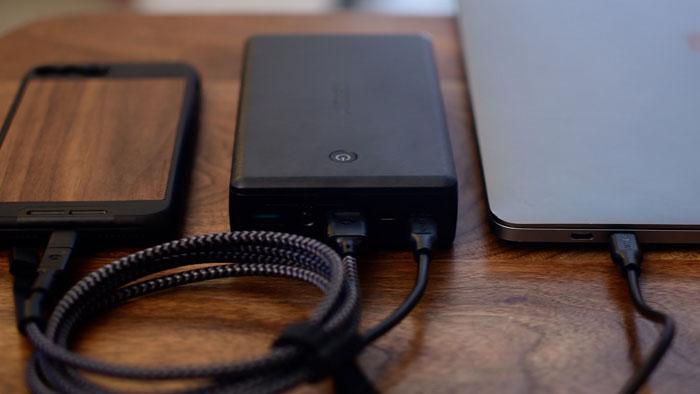 AUKEY [Upgraded] ชาร์จเร็ว 4 เท่า USB C 30000mAh Type C