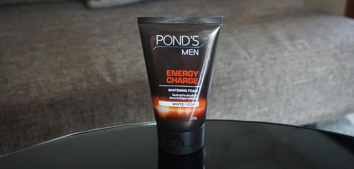 พอนด์ส เมน โฟมล้างหน้าสำหรับผู้ชาย เอ็นเนอร์จี้ ชาร์จ ไวท์เทนนิ่ง