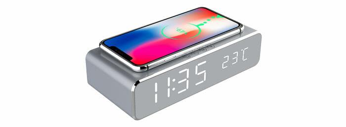 Byssherer LED นาฬิกาปลุก พร้อมแท่นชาร์จสมาร์โฟน