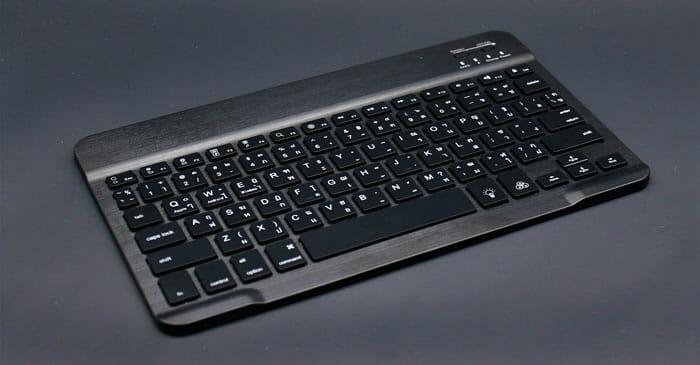 Generic Keyboard Bluetooth Wireless 3.0